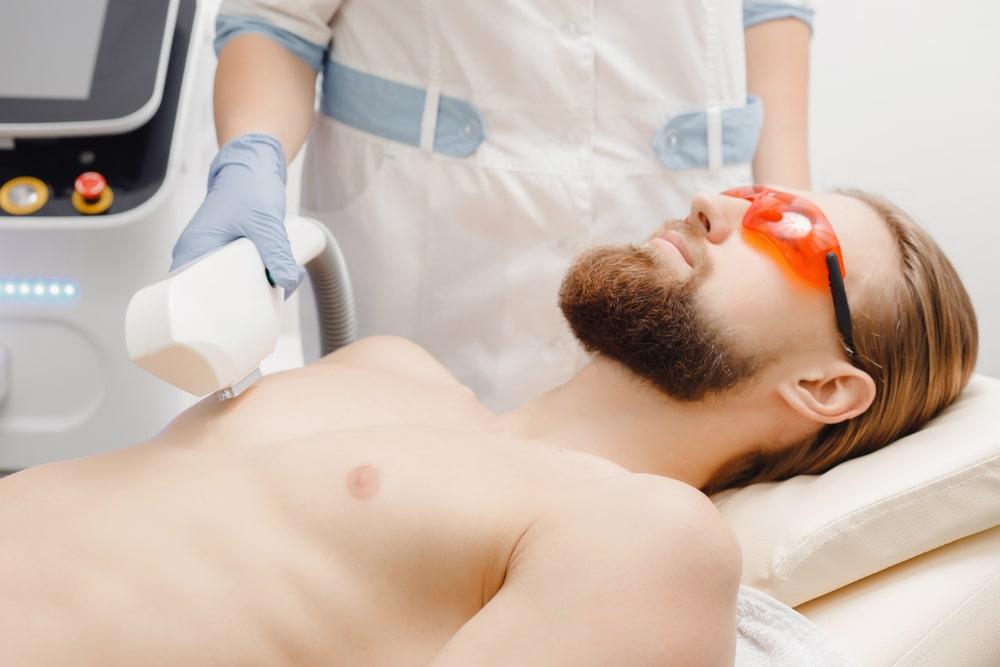 Laserowa depilacja torsu, plecow i posladkow – dlaczego warto zdecydowac sie na taki zabieg